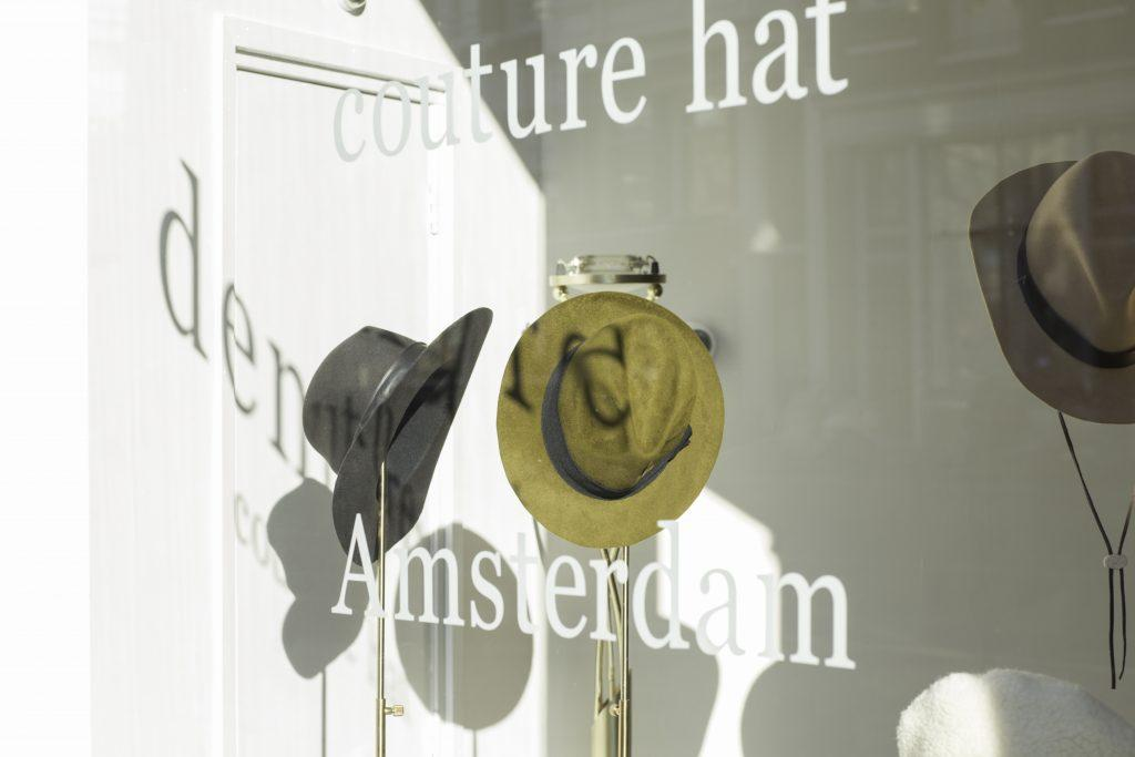 Demure Couture Hat Amsterdam voor The Next Closet